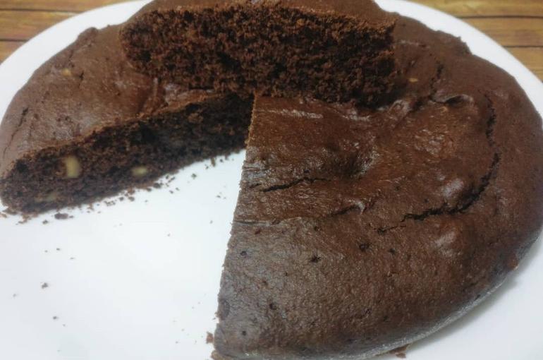 Torta cacao e nocciole senza burro e senza uova