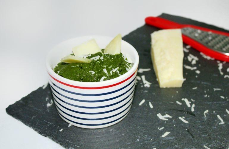 Pesto di spinaci e parmigiano
